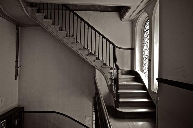 jak dopasować schody kamienne