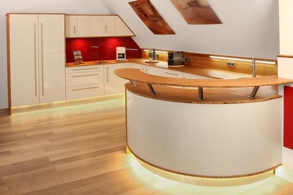 Jak zastosować blaty w kuchni?