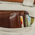 dlaczego konsumenci ogłaszają upadłość