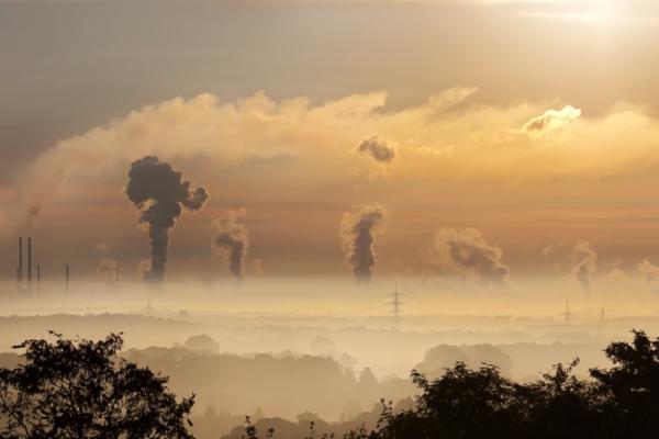 zanieczyszczone powietrze